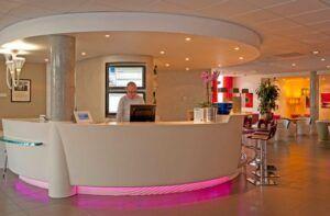 Recepción - Novotel Suites Reims Centre