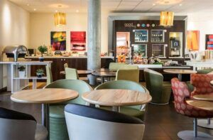 Desayuno - Novotel Suites Reims Centre