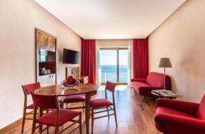 Room - Hotel Royal Continental